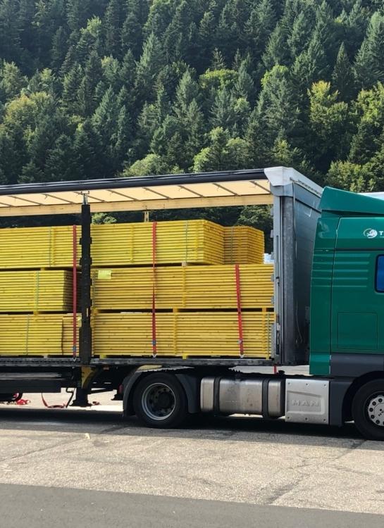 Livraison rapide de Bois de fermette et charpente industrielle en France - Agence Boinet